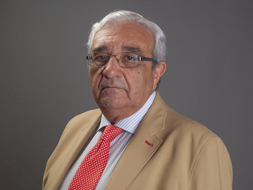 Dr. Andrés Carranza Bencano
