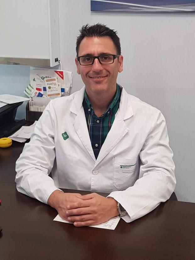 Dr. Rafael Periañez
