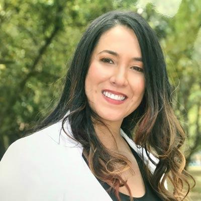 Dra. Claudia Medina